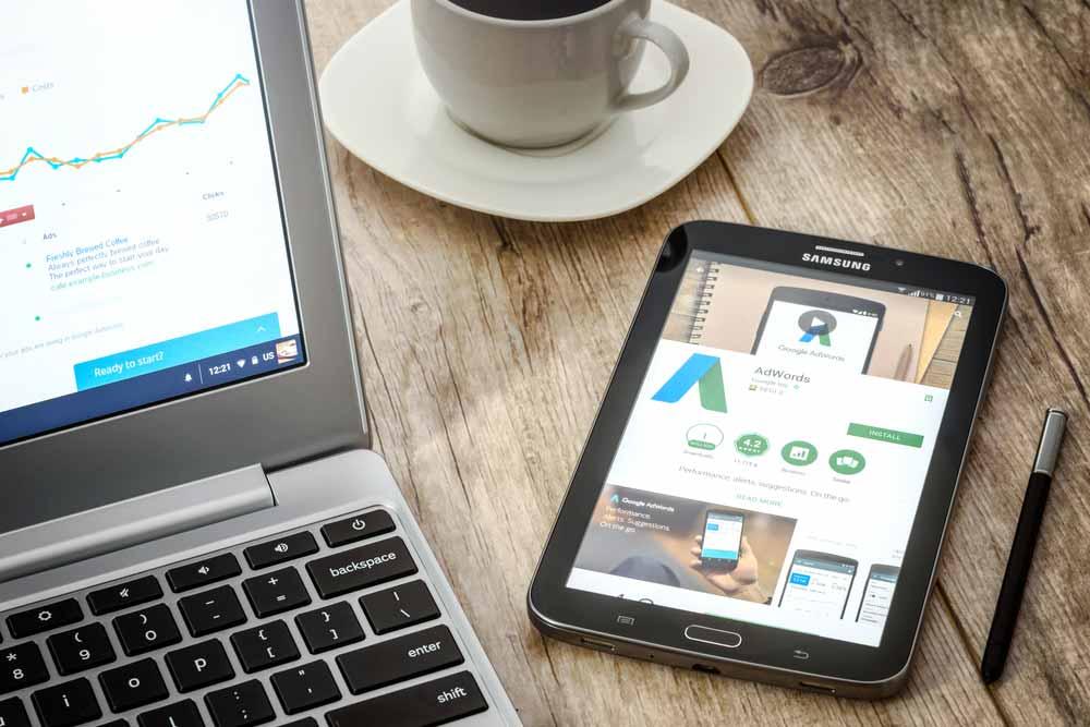 Nên đầu tư vào kênh quảng cáo trực tuyến nào hiện nay? ảnh 1